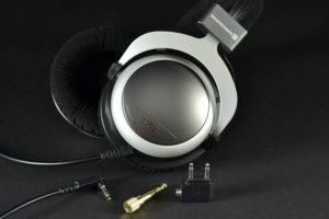 beyerdynamic-t20p-hphones-adapters-1500x1000
